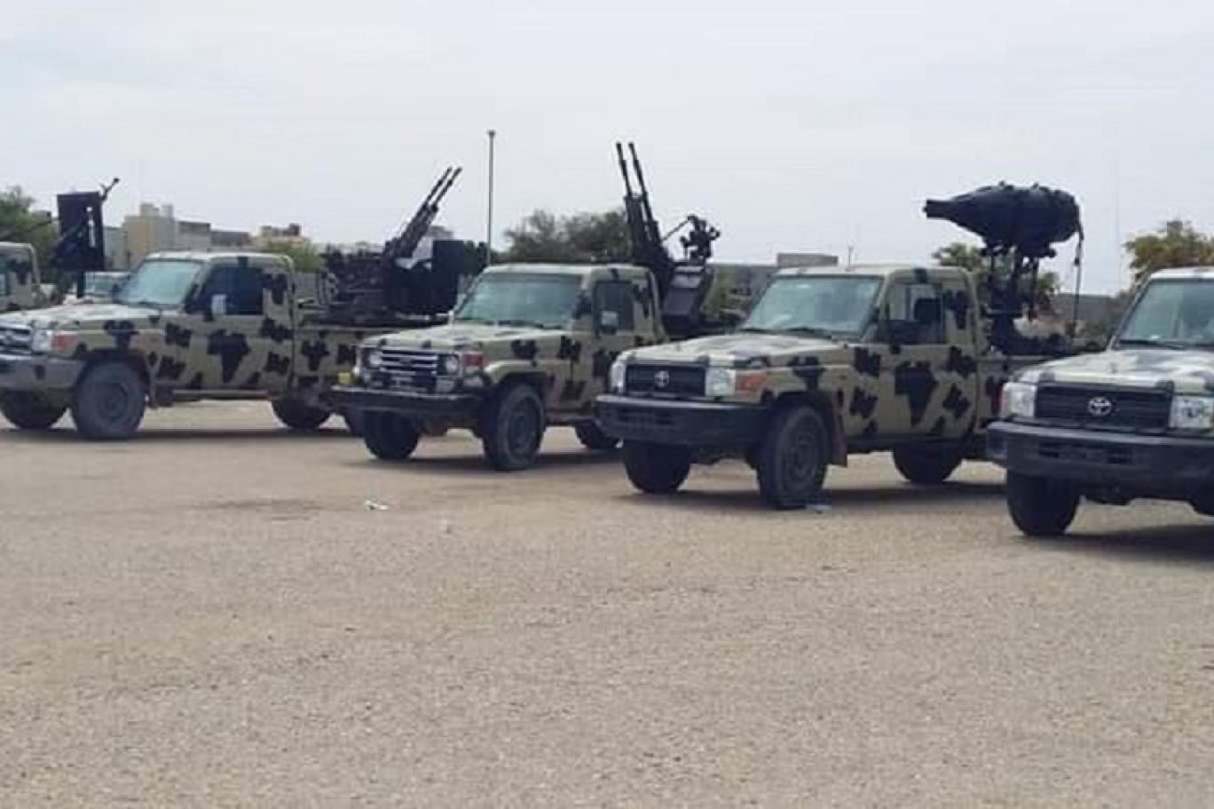 استعدادات الكتيبة 107 داخل ثكنتها في صرمان.jpg