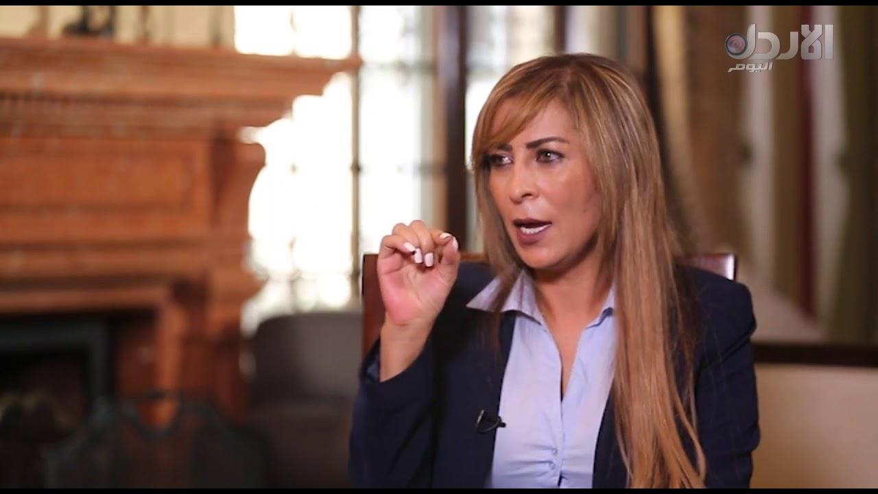 صورة تلفزيونية من تلفزيون الأردن اليوم  للمتحدثة باسم الحكومة الأردنية جمانة غنيمات