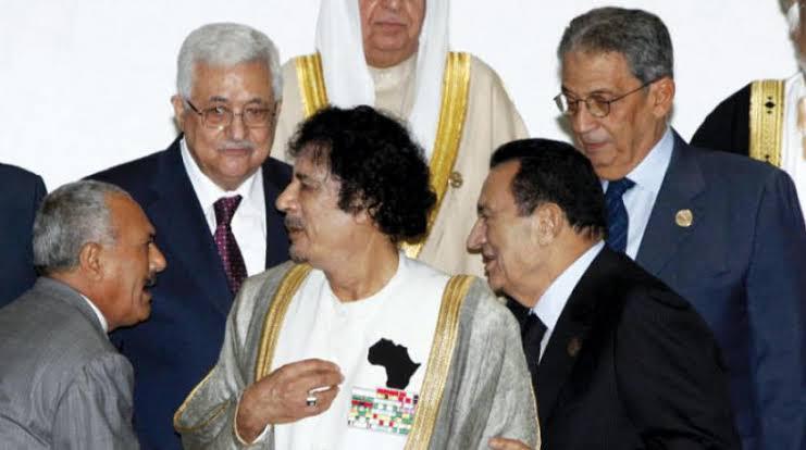 مع مبارك والقذافي وأبو مازن