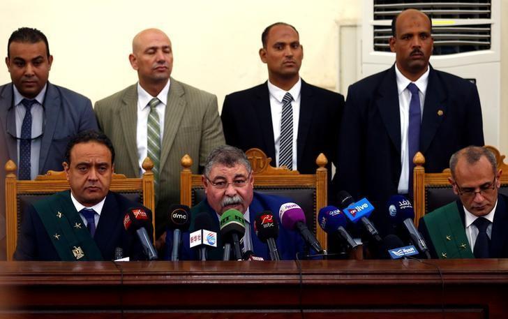 هيئة المحكمة تصدر حكمها في قضية اغتيال النائب العام المصري في 17 يونيو/ حزيران 2017 (رويترز)