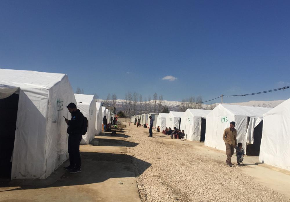 يعيش حوالي 30 في المئة من النازحين السوريين في عكار في مخيمات عشوائية، أما في البقاع فالرقم أعلى (اندبندنت عربية)