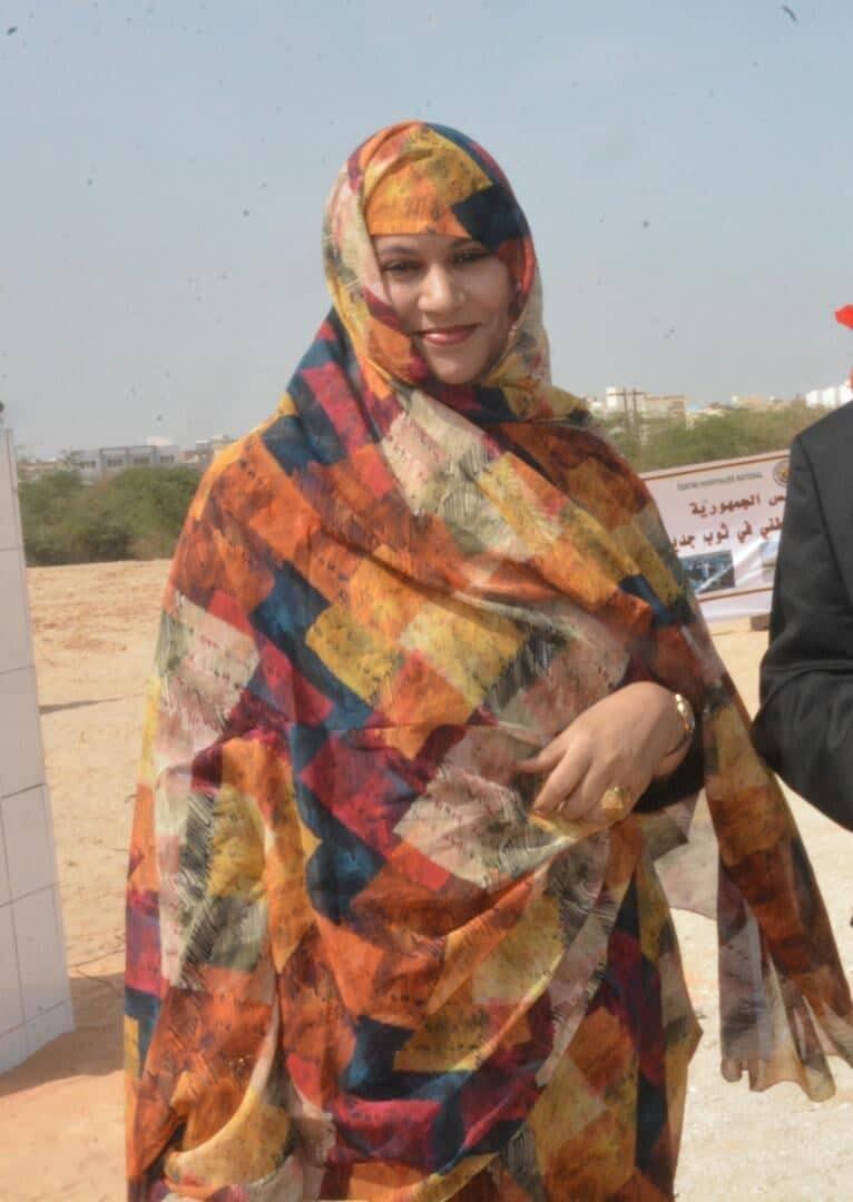 وزير الخارجية الموريتانية ألناها منت حمدي ولد مكناس (اندبندنت عربية)