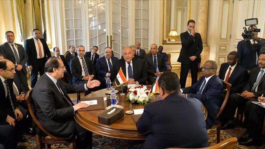 جانب من اجتماعات اللجنة الرباعية العليا بين مصر والسودان لتنسيق المواقف قبل الاجتماعات الثلاثية (أ. ف.ب.)