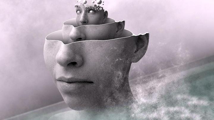 العقل اللاواعي مفهوم ميّز مدرسة التحليل النفسي، هل نظر له نيتشه قبلها؟
