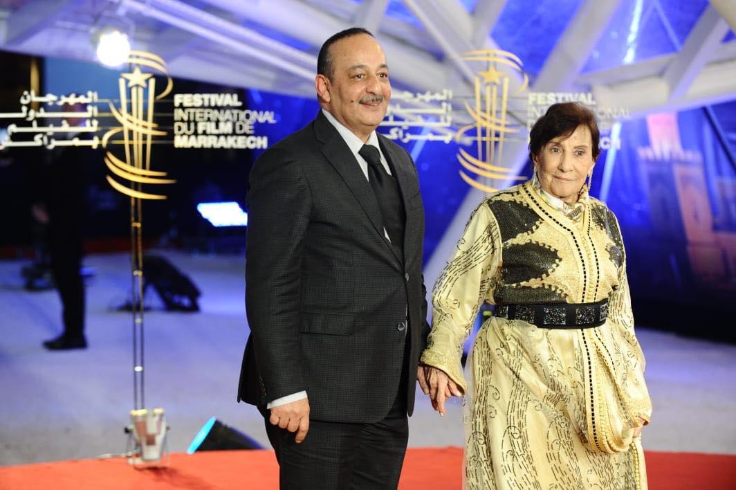 أمينة رشيد مع وزير الثقافة في المهرجان الدولي للفيلم بمراكش.jpg