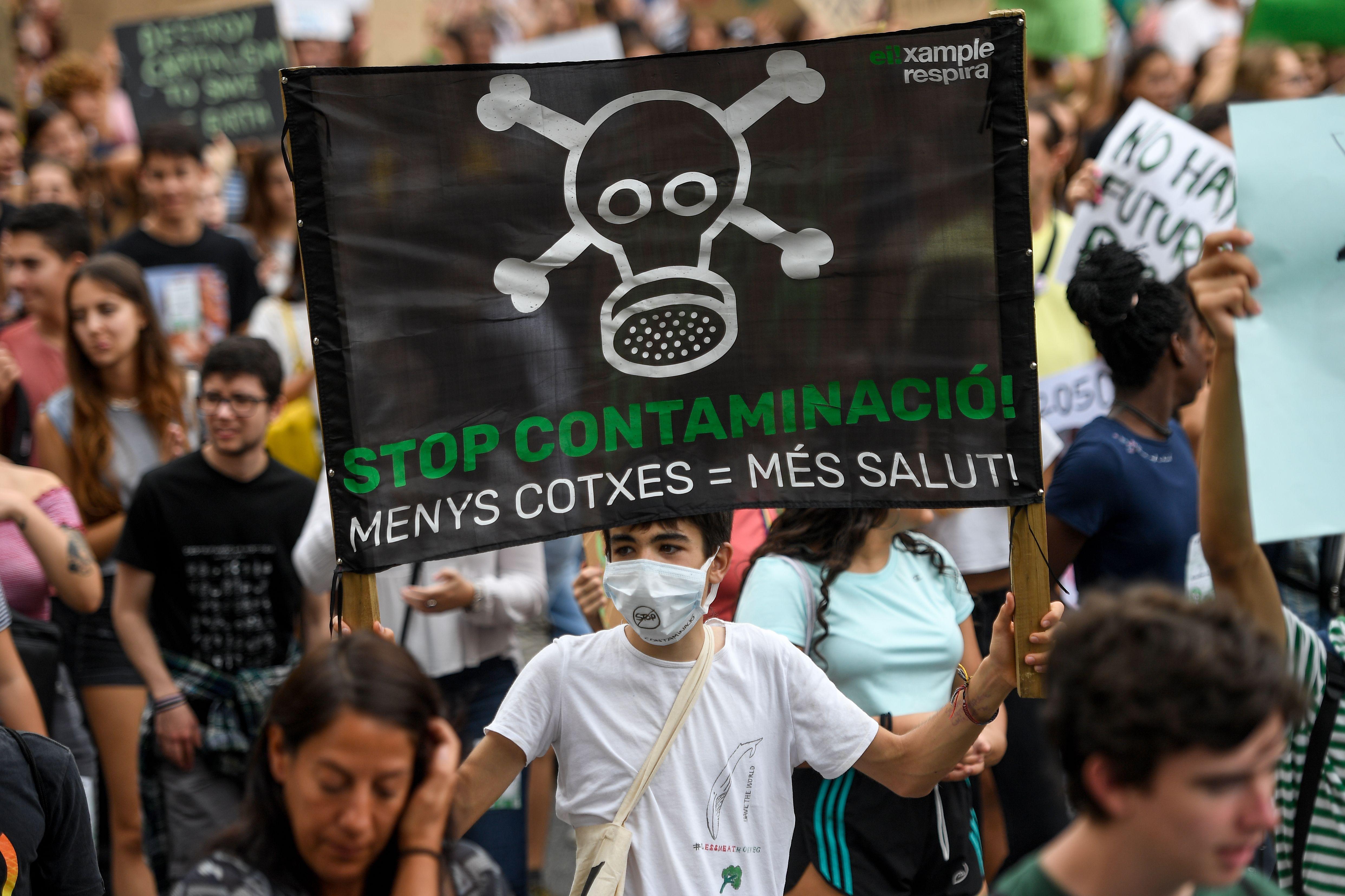 من التظاهرات الشبابية العالمية المناصرة للبيئة