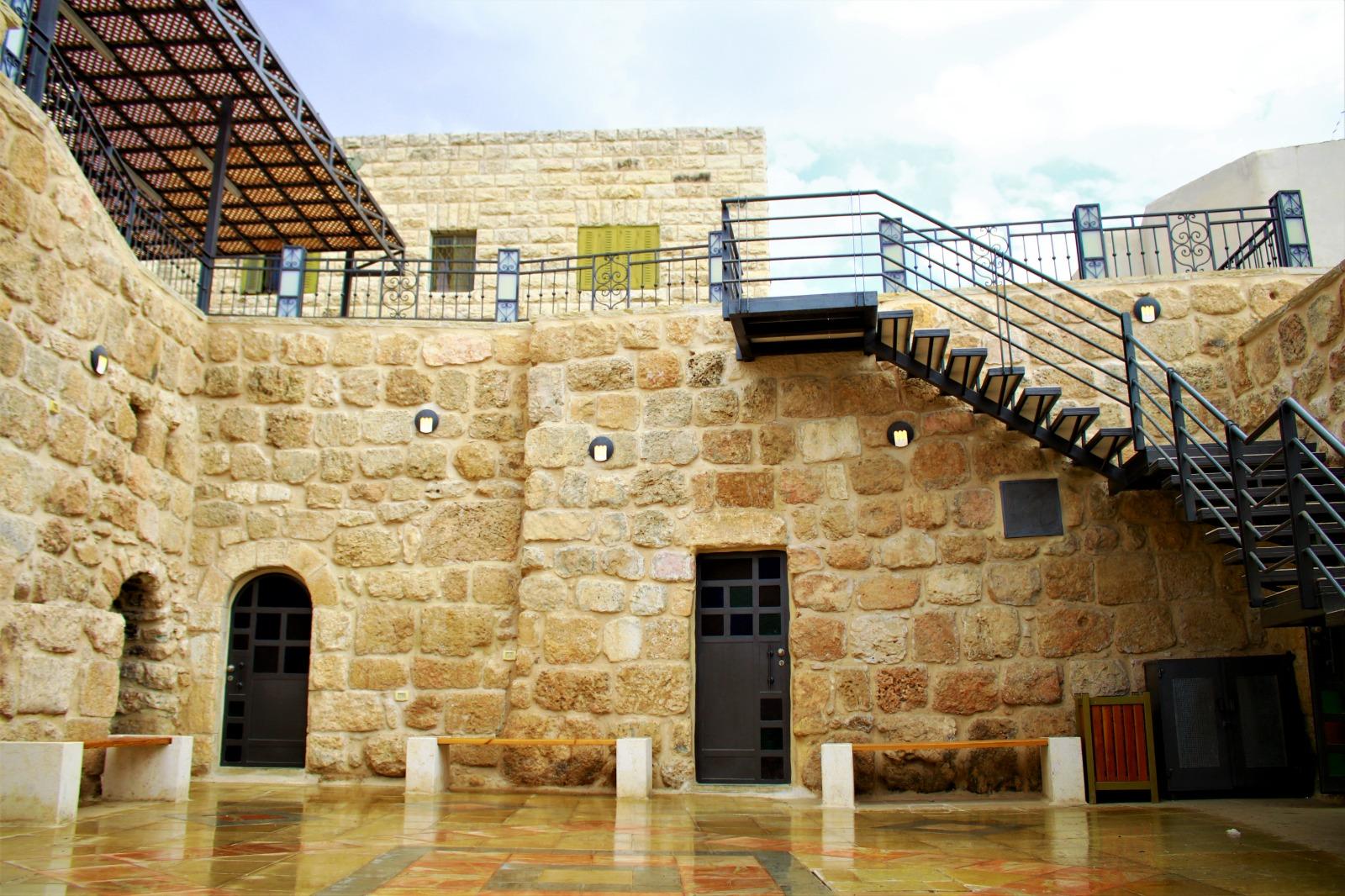 البرنامج أسهم في جذب الفلسطينيين إلى المراكز التاريخية (اندبندنت عربية)