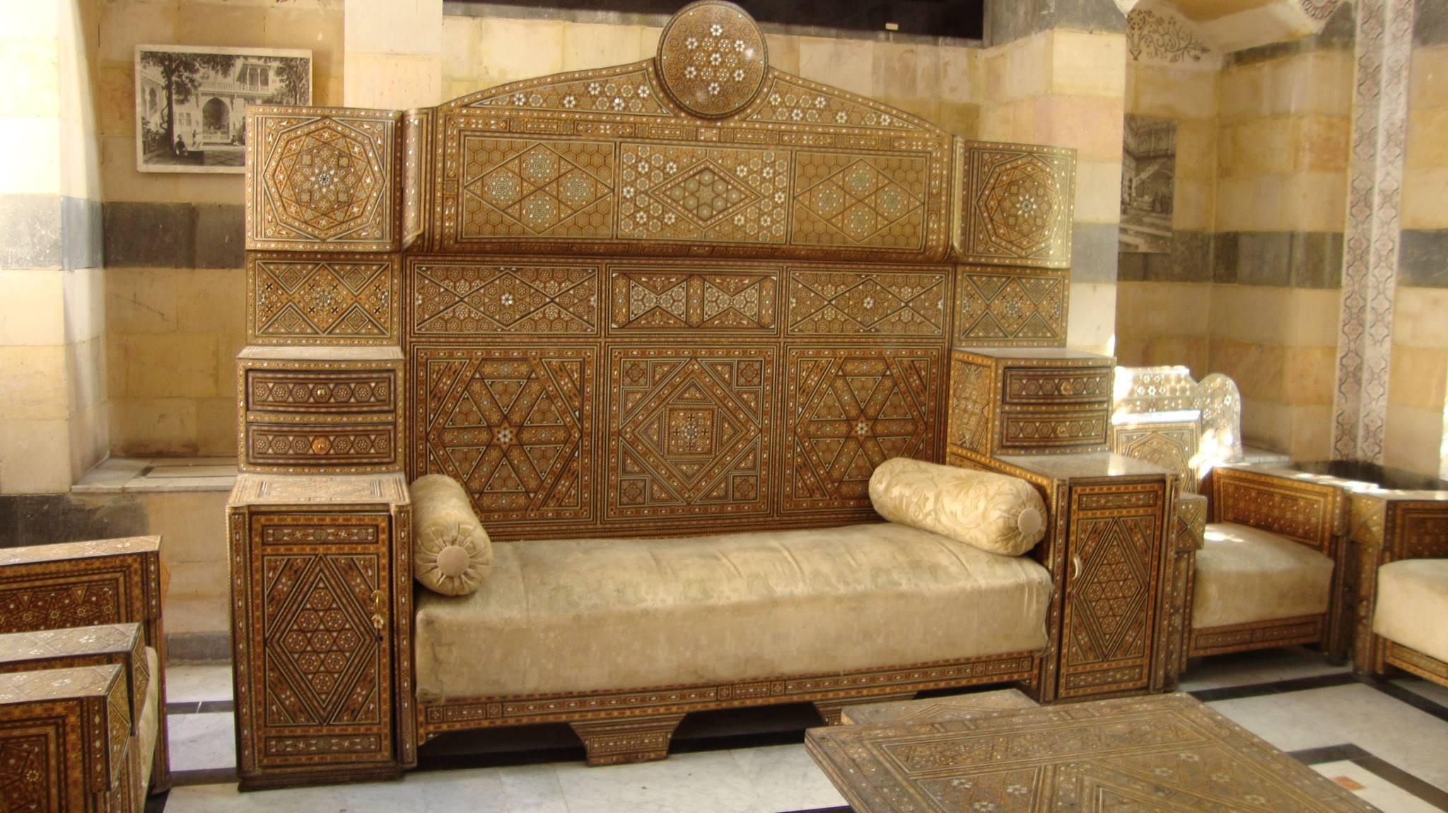أثاث دمشقي محفوظ في متحف البيت الشامي بدمشق (مواقع التواصل الاجتماعي)