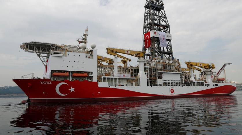 turkish_drilling_vessel_yavuz_sets_sail_in_izmit_bay_on_its_way_to_the_mediterranean_sea._reuters.jpg