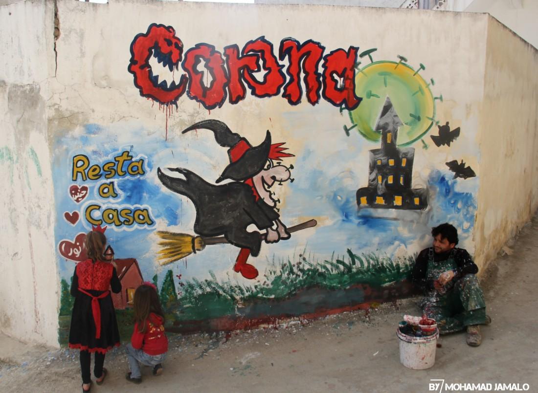 استخدم الرسام السوري شخصيات كرتونية لإيصال رسالته (اندبندنت عربية)