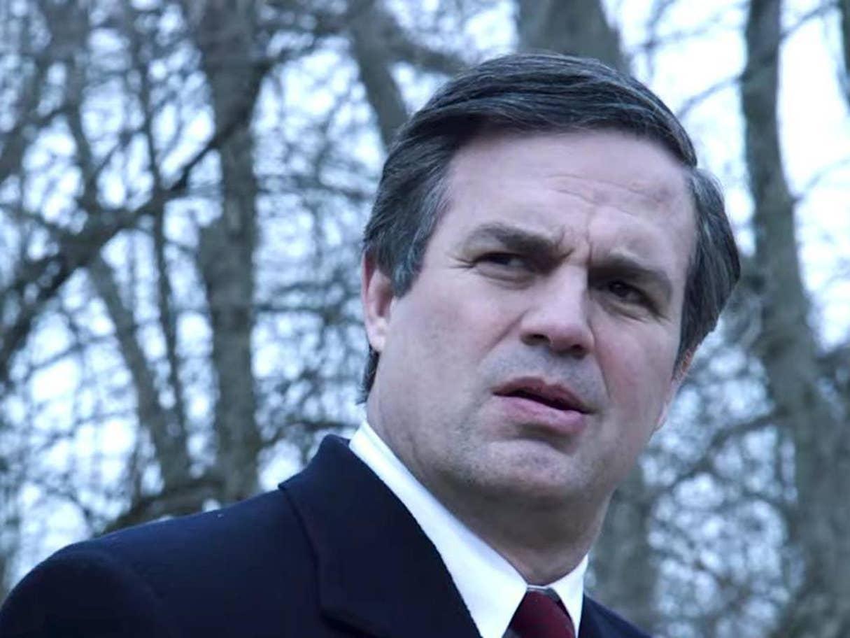 """أداء روفالو دور محامٍ يكافح الفساد في """"مياه داكنة""""، أحدث نقلة في تفكيره سياسياً واجتماعياً"""
