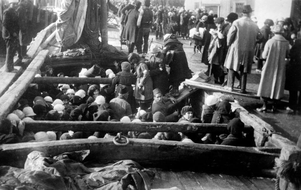 السلطات العثمانية قررت أواسط القرن الـ 19 تنفيذ تغيير ديموغرافي كان له الأثر الكبير على الأرمن