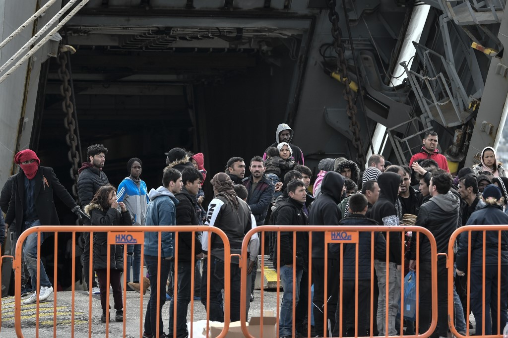 لاجئين.jpg