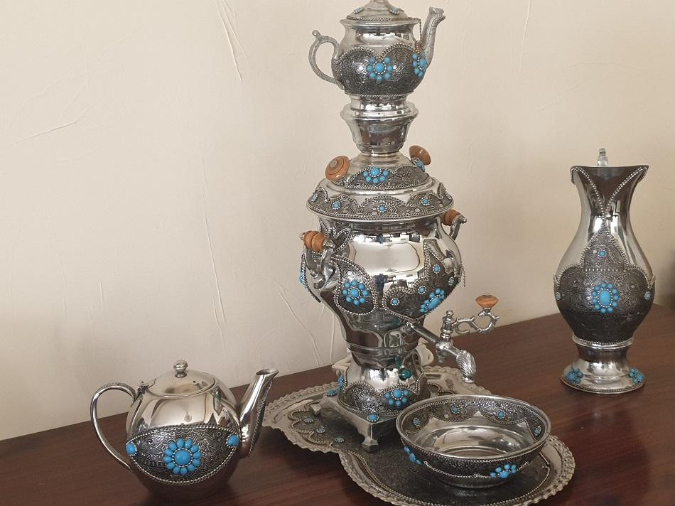 ابريق شاي مصر وتوابعه للزينة - اندبندنت عربية.jpg
