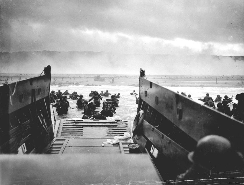 """ظلت هزيمة بريطانيا في """"دنكرك"""" ذكرى مؤرقة لجيوشها في الحرب العالمية الثانية"""