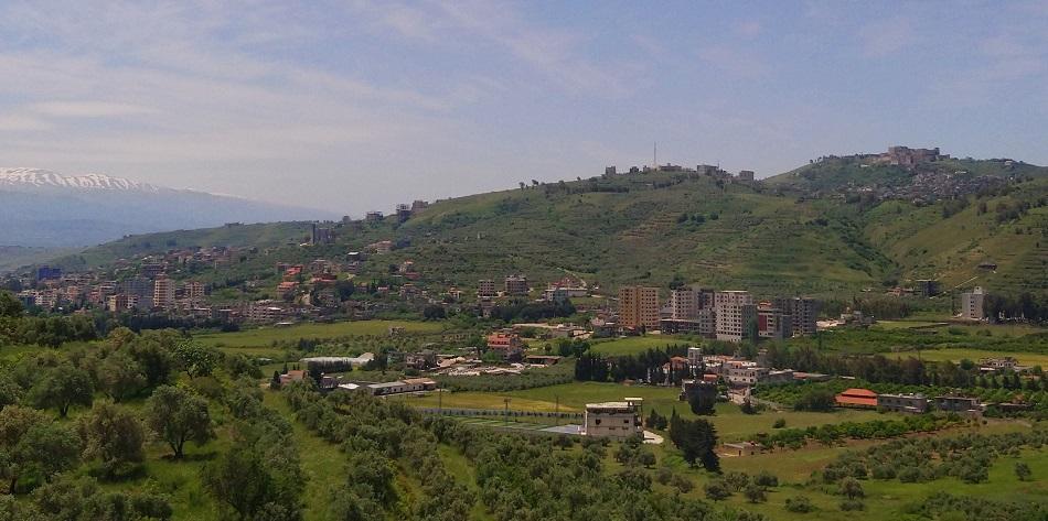 أصبحت القرى مركزاً للتجمع السكاني و زحف العمار إلى المناطق الخضراء (اندبندنت عربية).jpg
