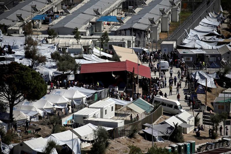 المهاجرين باليونان.jpg