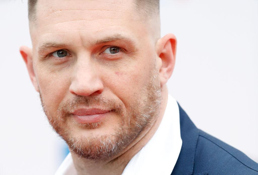 الممثل البريطاني توم هاردي يبدو الأوفر حظا في بورصة التأويلات للعب دور جيمس بوند الجديد (غيتي)