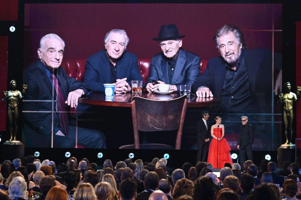 """مقطع من """"ذي أيريشمان"""" خلال عرضه في حفل  توزيع جوائز نقابة الممثلين في لوس أنجلوس (غيتي)"""