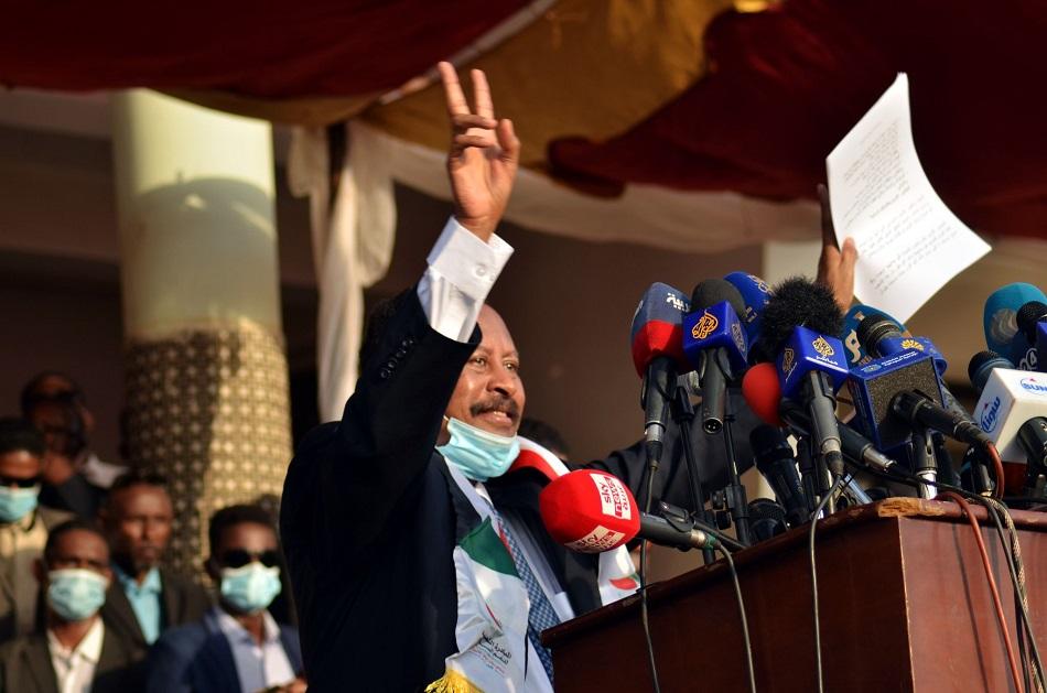 حمدوك في احتفال السلام.jpg