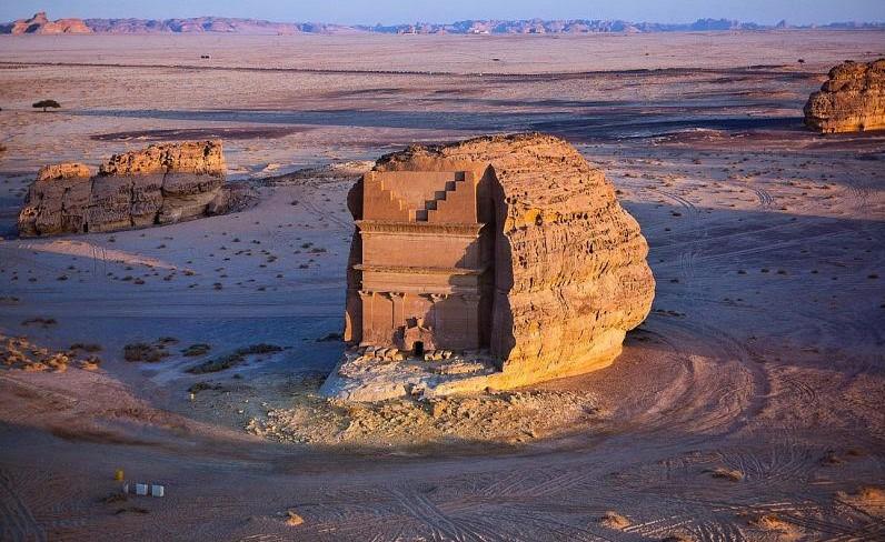 مدائن صالح شمالي البلاد أول موقع تراثي سعودي تم تسجيله في قائمة اليونسكو عام 2008