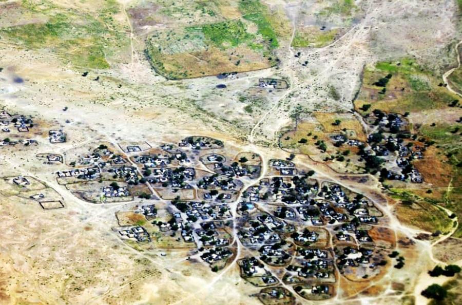 صورة_جوية_لأحد_معسكرات_النازحين_في_دارفور.jpg