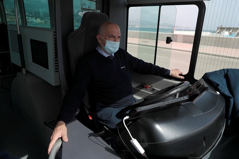 Electric autopilot bus 2 reuters.JPG