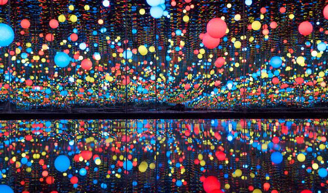عمل سابق للفنانة اليابانية يايوي كوساما أقيم في مدينة العلا (أ ف ب)