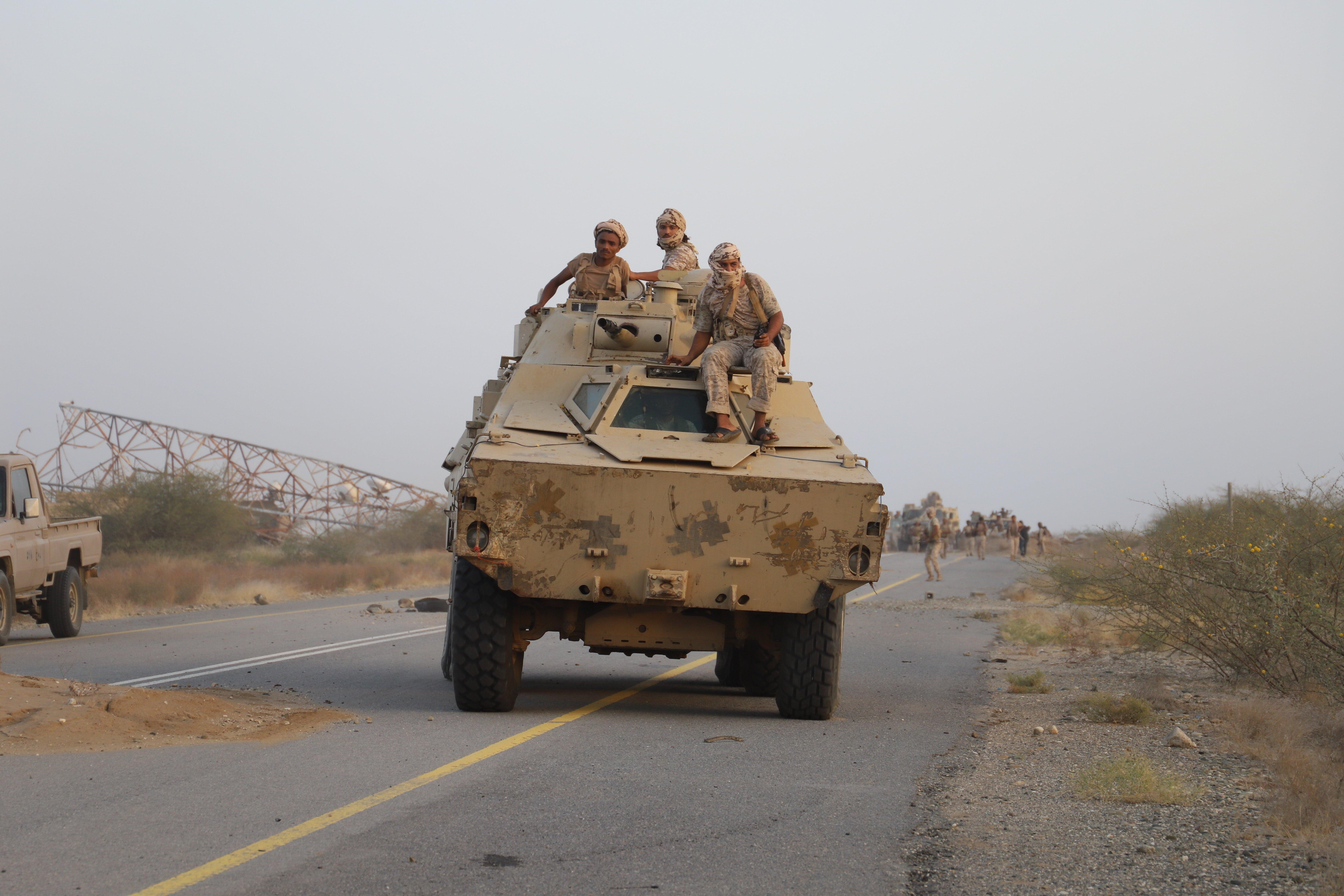 شهد العام الحالي توسع جبهات القتال في اليمن (اندبندنت عربية - هشام الشبيلي)
