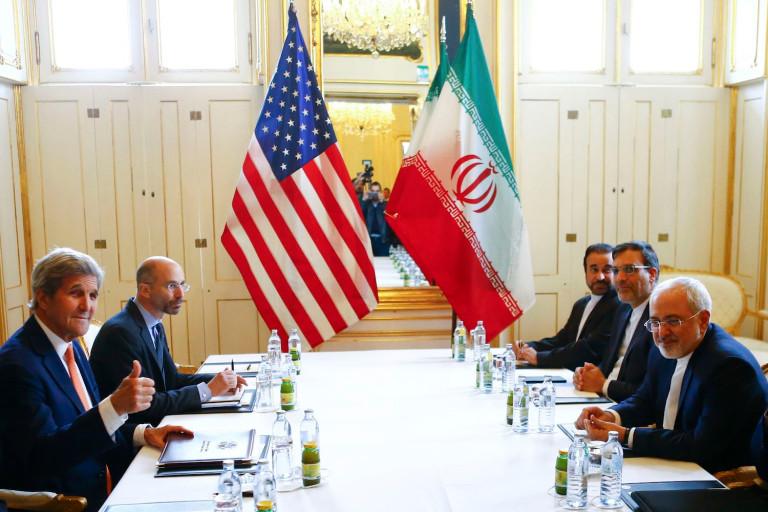 أثار الاتفاق الذي عقدته إدارة أوباما مع إيران قلق دول الخليج (رويترز)