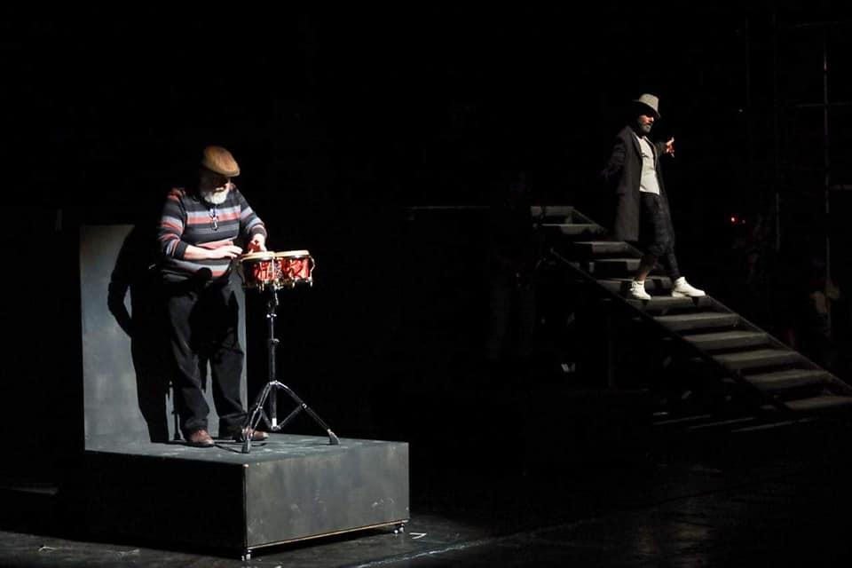 thumbnail_المؤلف الموسيقي سيمون مريش والممثل يحيى بيازي في عرض الاستعراض الأخير.jpg