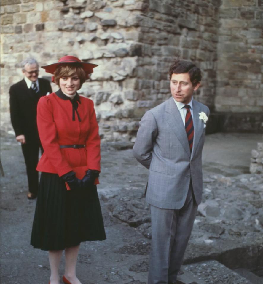 """في زيارة إلى قلعة تاريخية مع """"الليدي دي"""" التي نالت لُقّبت أيضاً بـ""""أميرة الشعب"""""""