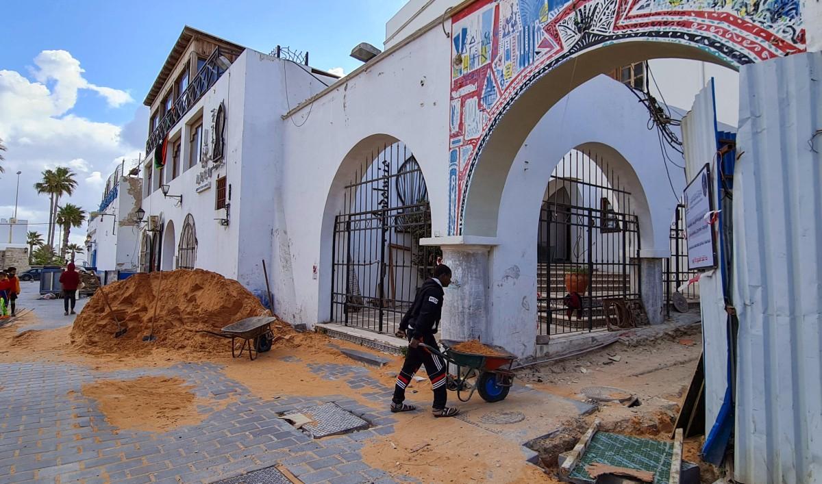 تتزامن أعمال الترميم مع الانتعاش السياسي الذي تشهده ليبيا (أ ف ب)