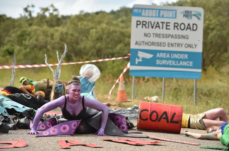 لطالما نظم أنصار الطاقة النظيفة في بريطانيا احتجاجات ضد مناجم الفحم