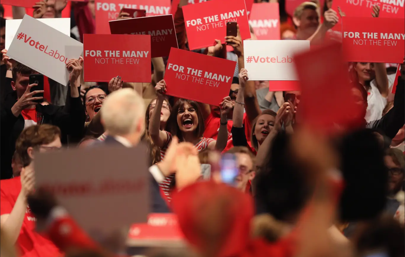 تعتبر التعددية والتنوع من الأفكار الأساسية المنتشرة بين مؤيدي حزب العمال