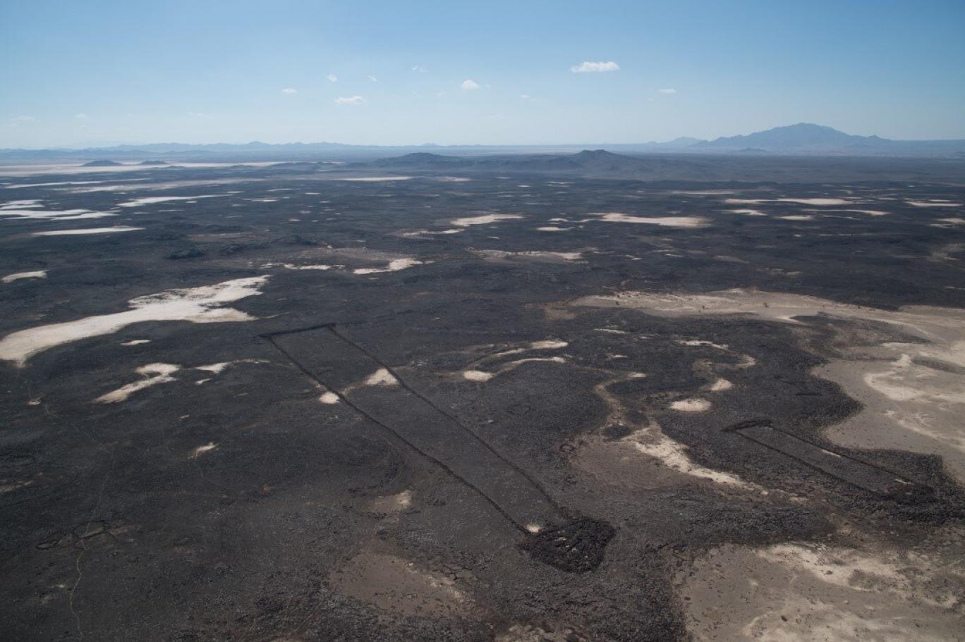 مستطيلات الصحراء التي يعود عمرها إلى آلاف السنين والمكتشفة في العلا وخيبر (الهيئة الملكية بالعلا)