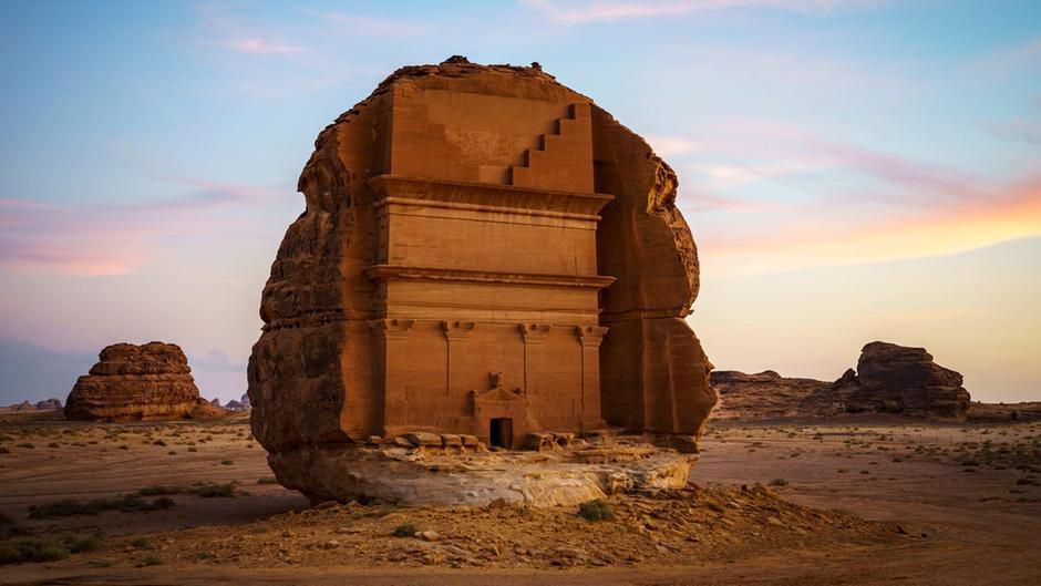 مدينة الحِجر في العلا التاريخية (الهيئة الملكية بالعلا)