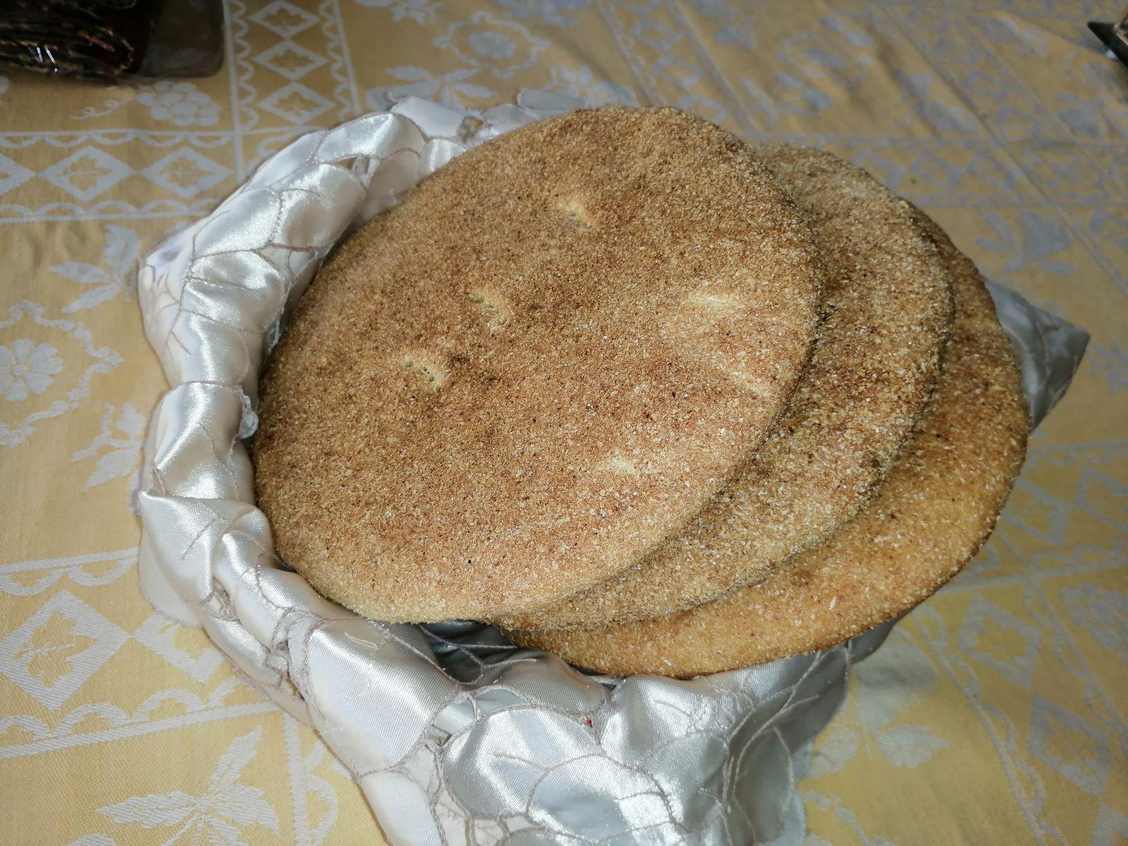 الخبز المغربي المعد بالمنزل (اندبندنت عربية)