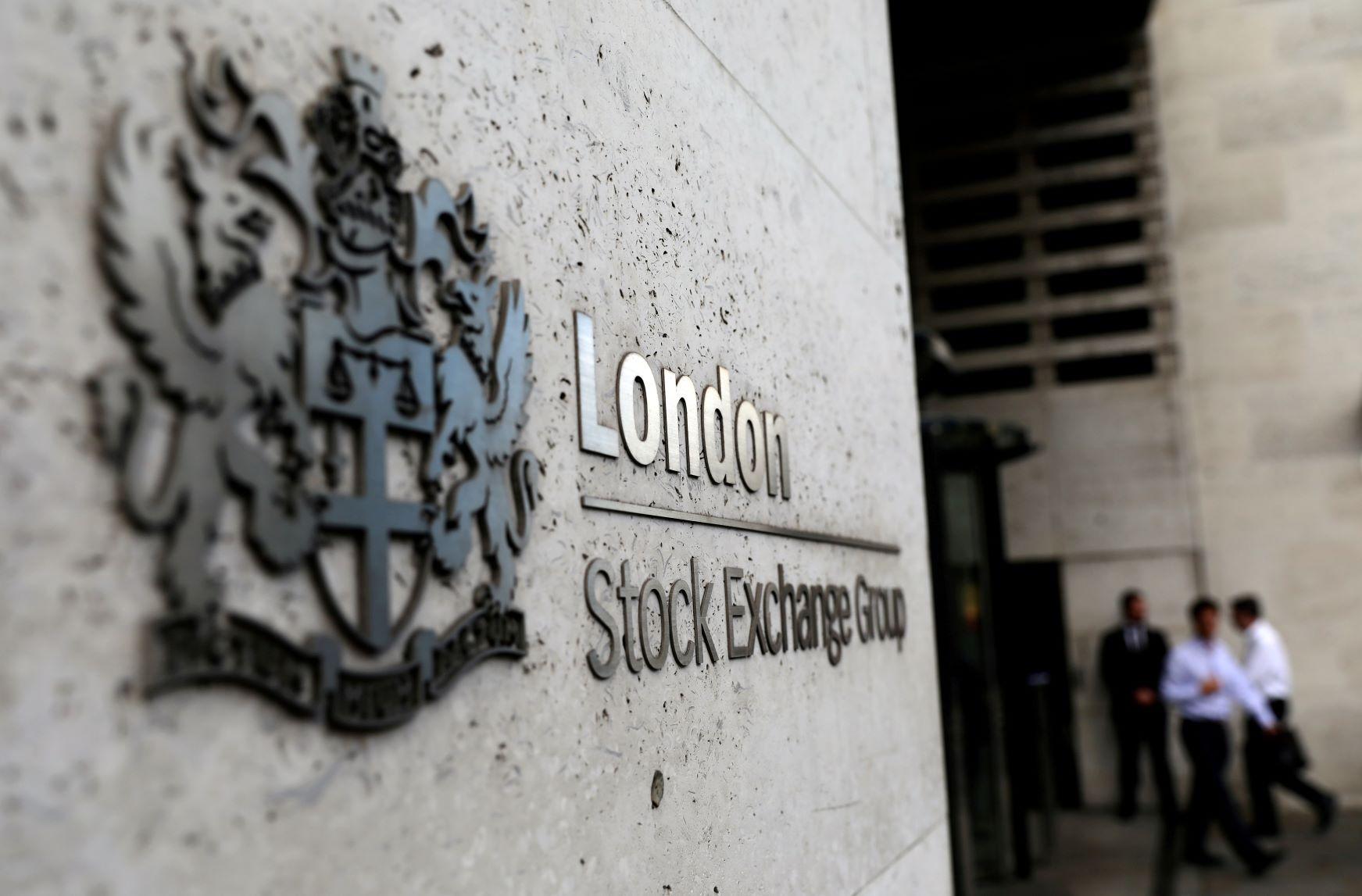 """أسواق المال البريطانية ما زالت غير واثقة من التأثيرات المتفاوتة لصفقة """"بريكست"""""""