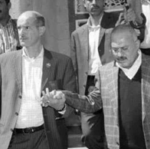 عصام دويد كان مرافقاً لصيقاً للرئيس اليمني الراحل (اندبندنت عربية)