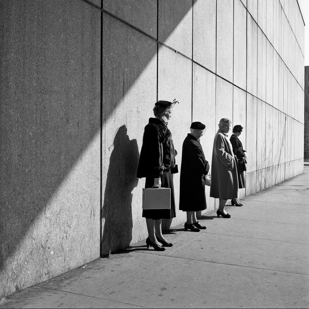 New York, 31 octobre 1954, Vivian Maier.jpg